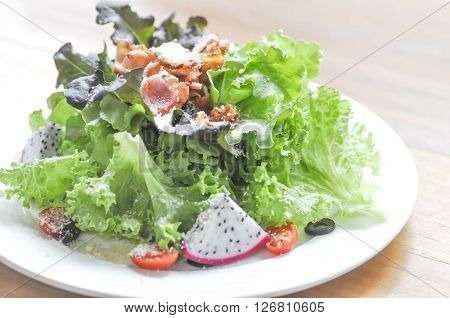 vegetable salad with bacon dish in blur background