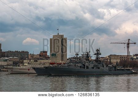 warships of the Russian Pacific fleet near the pier in Vladivostok
