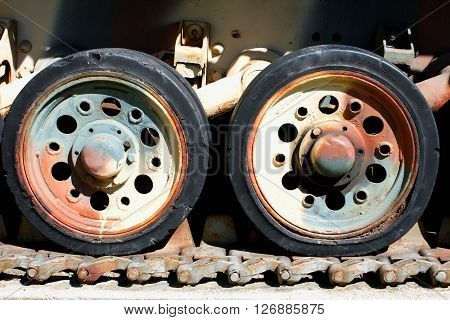 Tank Caterpillar Tread with Wheels and metal