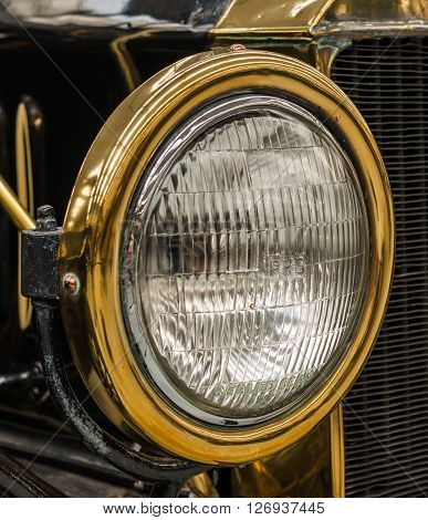 Brass Head light on a Ford Model T Sedan 1926