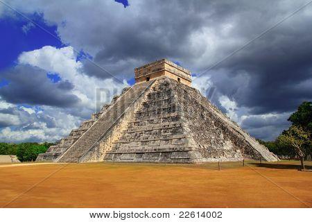 Chichen Itza Kukulkan Mayan pyramid dramatic sky Mexico Yucatan