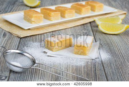 Traditional Lemon Bars