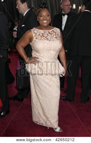 LOS ANGELES - FEB 24:  Sherri Shepherd arrives at the 85th Academy Awards presenting the Oscars at the Dolby Theater on February 24, 2013 in Los Angeles, CA