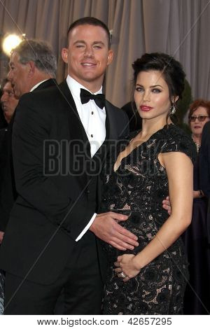 LOS ANGELES - FEB 24:  Channing Tatum, Jenna Dewan-Tatum arrives at the 85th Academy Awards presenting the Oscars at the Dolby Theater on February 24, 2013 in Los Angeles, CA