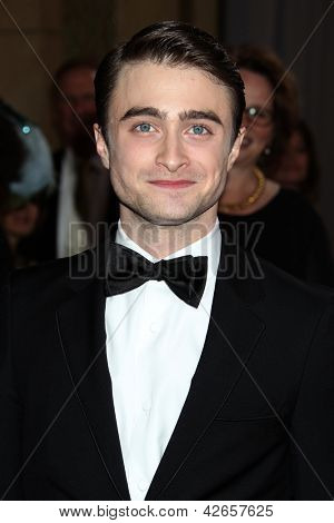 LOS ANGELES - FEB 24:  Daniel Radcliffe arrives at the 85th Academy Awards presenting the Oscars at the Dolby Theater on February 24, 2013 in Los Angeles, CA