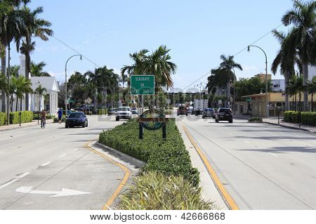 Lauderdale-by-the-sea Sign And Town