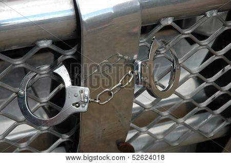 Handcuff Humour.