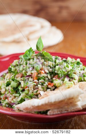 Tabbouleh With Pita Bread