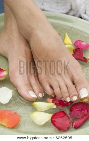 Relaxing Aromatherapy Spa For Feet 5