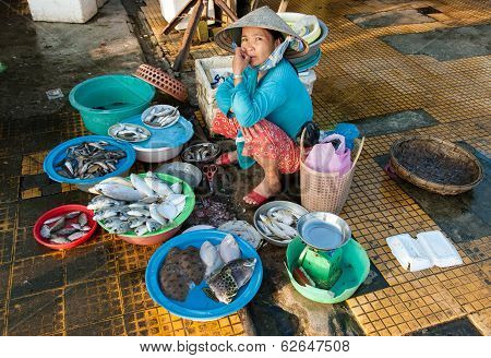 Selling Sea Food In Vietnam