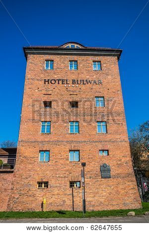 Hotel Bulwar on Vistula river bank