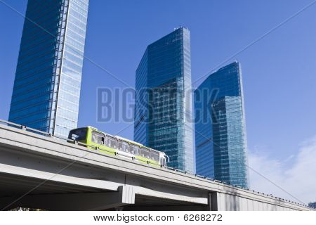 beijing: bus running on elevated road