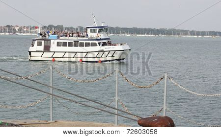 Boat trip around portsmouth