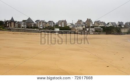 Beach Around Saint-malo