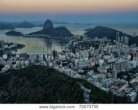 Botafogo bay at sunset