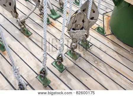 Rope On Blocks