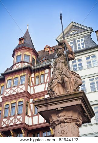statue in Frankfurt