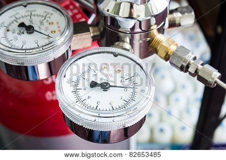 Pressure Gauge On A Gas Regulator Of A Gas Tank In A Laboratory