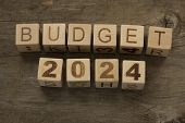 picture of reveillon  - Budget for 2024 wooden - JPG