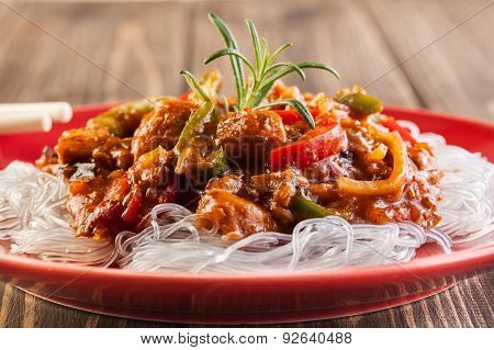 Chinese Chicken With Rice Noodles