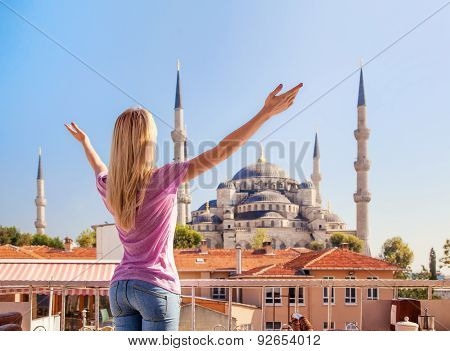 Merhaba, Istanbul! Girl Welcomes The Blue Mosque In Istanbul.