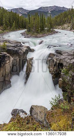 Sunwapta Falls - Jasper National Park