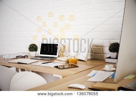 Designer Workplace Side