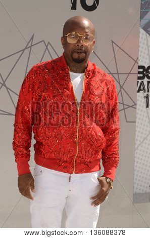 LOS ANGELES - JUN 26:  Jermaine Dupri at the BET Awards Arrivals at the Microsoft Theater on June 26, 2016 in Los Angeles, CA