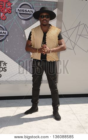 LOS ANGELES - JUN 26:  Anthony Hamilton at the BET Awards Arrivals at the Microsoft Theater on June 26, 2016 in Los Angeles, CA
