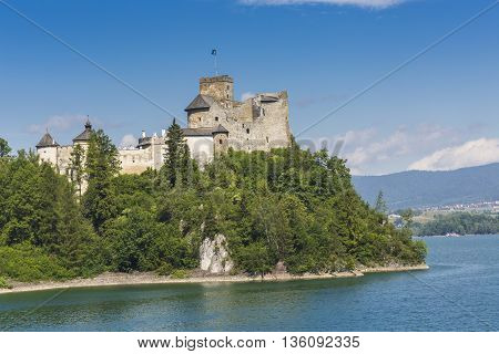 Niedzica, Poland - June 21: Medieval Castle In Niedzica, Poland On June 21, 2016