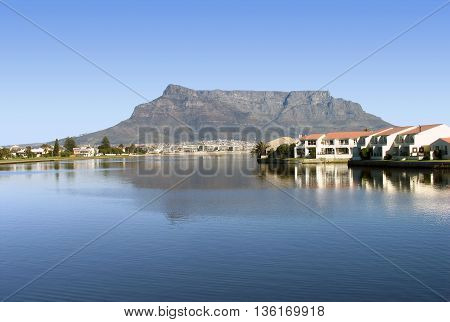 Woodbridge Island, Cape Town South Africa 77