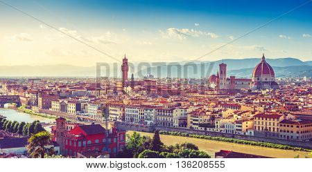Evening sunset landscape view to ancient town florence arno river tuscany italy cathedral santa maria del fiore palazzo vecchio tower
