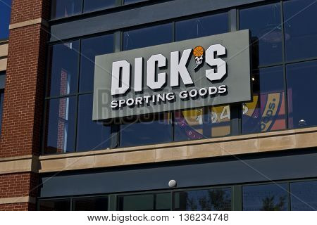 Indianapolis - Circa June 2016: Dick's Sporting Goods Retail Location. Dick's is an Authentic Full-Line Sporting Goods Retailer I