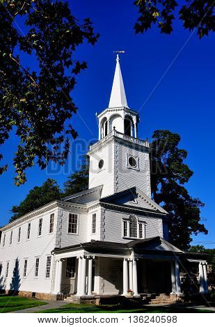 Washington Connecticut - September 15 2014: The 1741-54 Meeting House of the First Congregational Church on the Village Green *