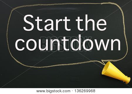 megaphone and speech bubble with text start the countdown