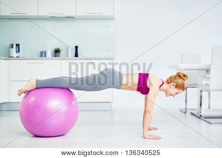 Fitness with ball