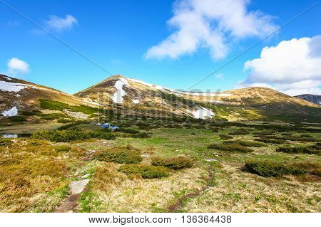 Travel in the Carpathian mountains in late spring