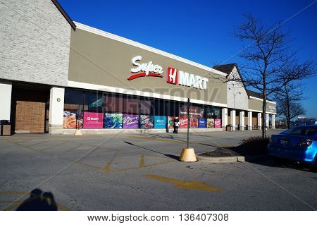 NAPERVILLE, ILLINOIS / UNITED STATES - NOVEMBER 3, 2015: Super H Mart specializes in Korean grocery items in Naperville.