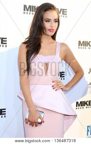 LOS ANGELES - JUN 29:  Chloe Bridges at the Mike And Dave Need Wedding Dates Premiere at the Cinerama Dome at ArcLight Hollywood on June 29, 2016 in Los Angeles, CA