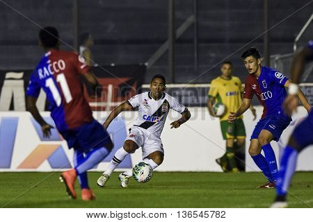 Rio de Janeiro Brasil - june 28 2016: Jorge Henrique player in match between Vasco and Parana by the brazilian championship in the Sao Januario Stadium
