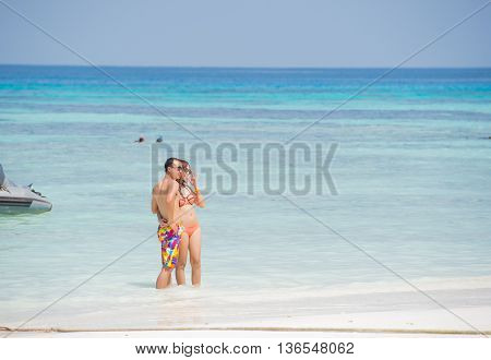 PANG-NGA THAILAND-2MAR2015:Unidentified lovers taking picture on the beach at koh tachaipang-nga thailand on 2 march 2015