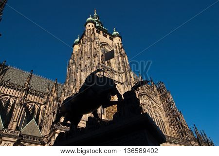 Statue in front of St. Vitus Cathedral in Prag