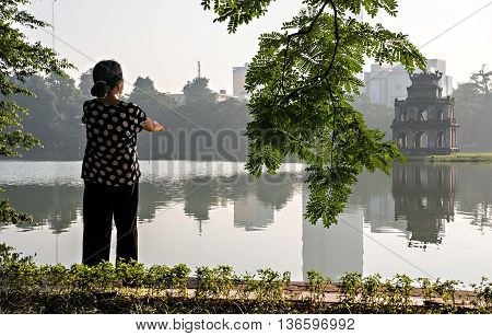 HA NOI, VIET NAM, June 11, 2016 the woman, morning exercise, Hoan Kiem Lake area of Hanoi, Vietnam
