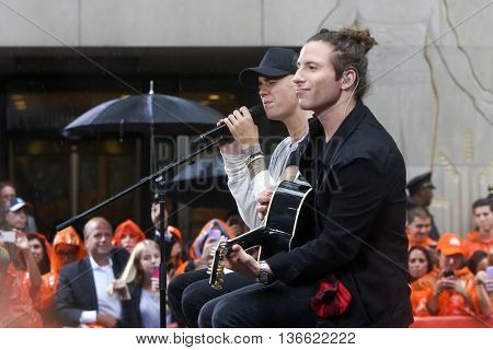 Singer Justin Bieber (L) performs on NBC's 'TODAY Show' at Rockefeller Plaza on September 10, 2015 in New York City.