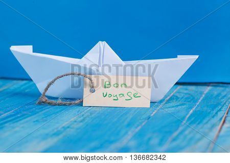 Label With The Words Bon Voyage Which Means Go To Trip