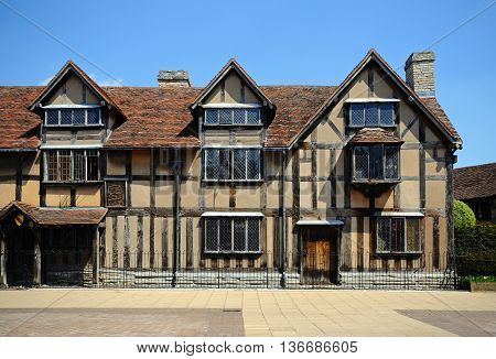 Front view of Shakespeares Birthplace along Henley Street, Stratford-upon-Avon, England, UK.