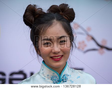 BANGKOK THAILAND - FEBRUARY 09 2016 : Unknown Thai girl during the celebration of Chinese New Year and Valentine's Day in Yaowarat street Chinatown