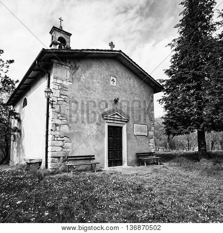 Small church of the Lombard period (nineteenth century) dedicated to St. Anthony Abbot.