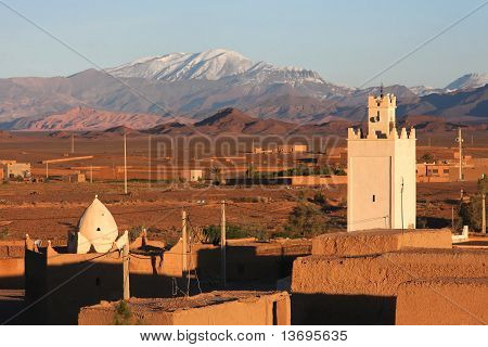Ksar and mountain