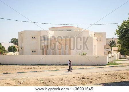 Modern House In Jilmah